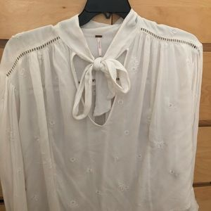 Free People NWT white shirt, versatile oversized